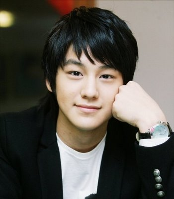 Tren gaya rambut pria 2010 : korean haircut
